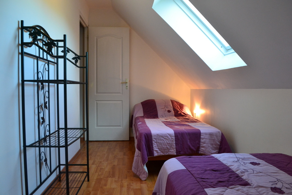 Chambre 2 lits simple